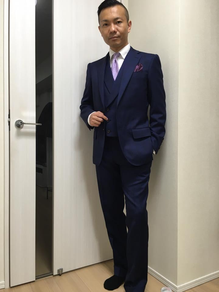 BONDスーツ